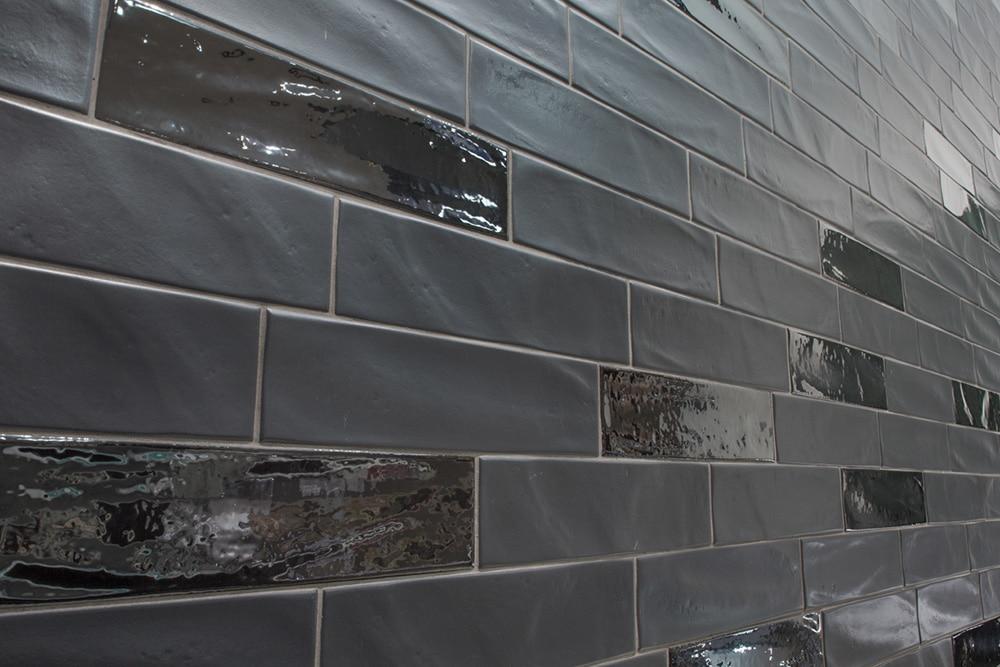 Wandbereich matt und glänzend